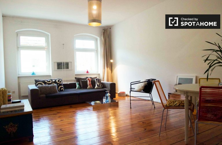 Bright and chic 1-bedroom apartment for rent in Prenzlauer Berg