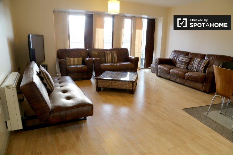 Stylowy 2-pokojowy apartament do wynajęcia w Grand Canal Dock