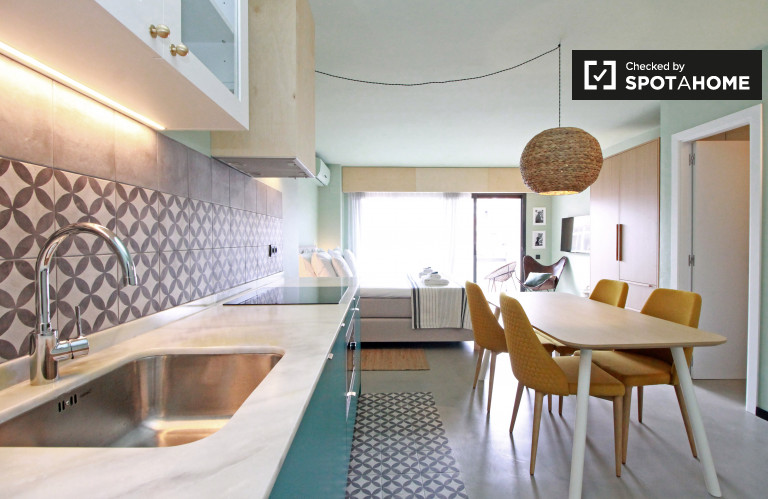 Monolocale in affitto a El Guinardó, Barcellona