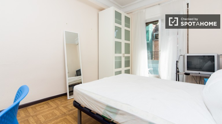 Exterior double room with balcony (Room 1)