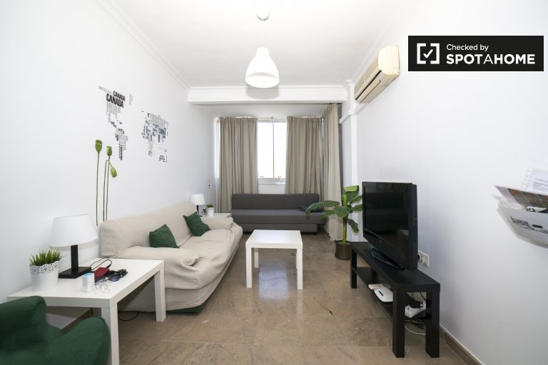 Furnished 3-bedroom apartment for rent in Santa Clara