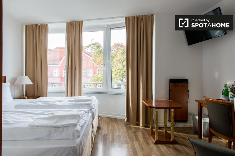 Studio apartment for rent in Charlottenburg, Berlin