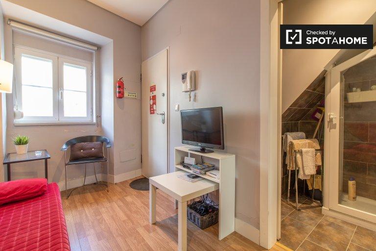Przytulne mieszkanie z 1 sypialnią do wynajęcia w Estreli i Lapa