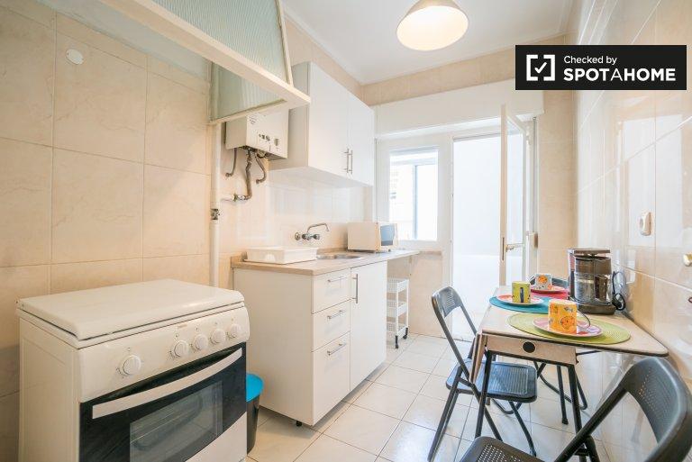 Cosy 3- bedroom apartment in Beato, Lisbon