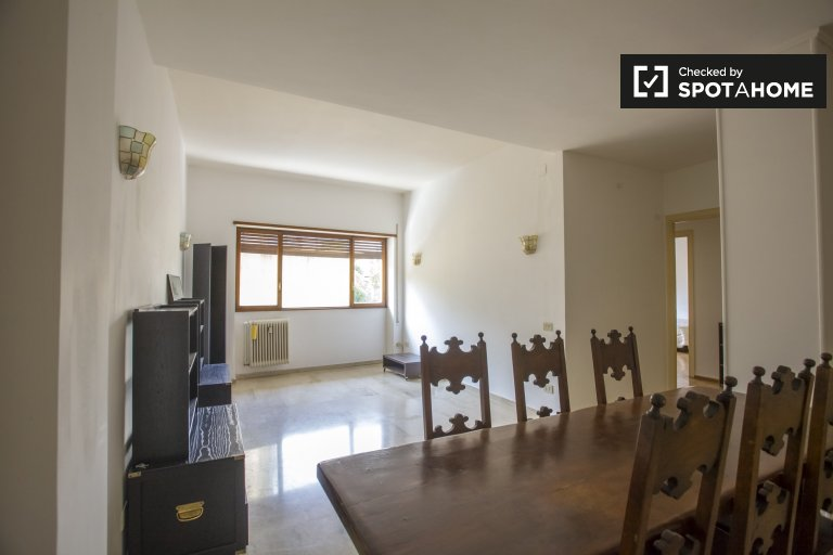 1-bedroom apartment for rent in Trieste, Rome