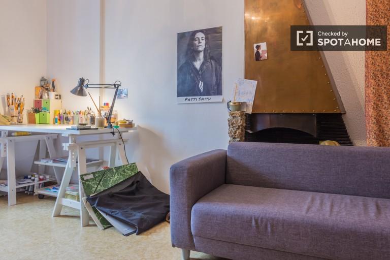 Spacious 2 Bedroom Flat Near Universities in Lyon 7