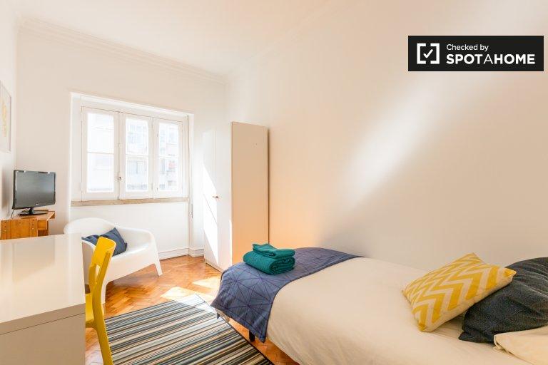 Encantadora habitación en alquiler en Arroios, Lisboa
