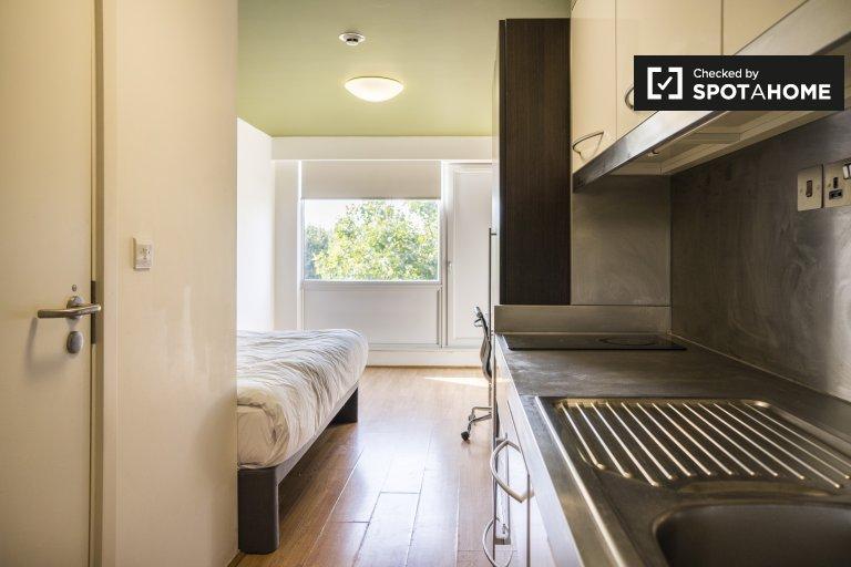 Lindo estudio para alquilar en residencia en Kensal Town, Londres