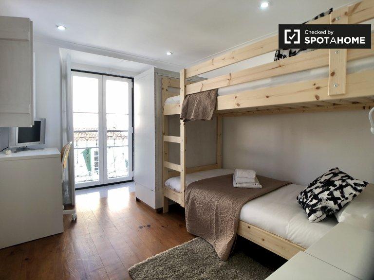 Quarto duplo para alugar, apartamento com 2 quartos, Santa Maria Maior