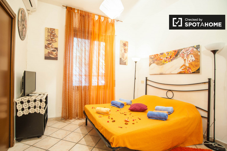 Appio Latino'da kiralık şirin daire