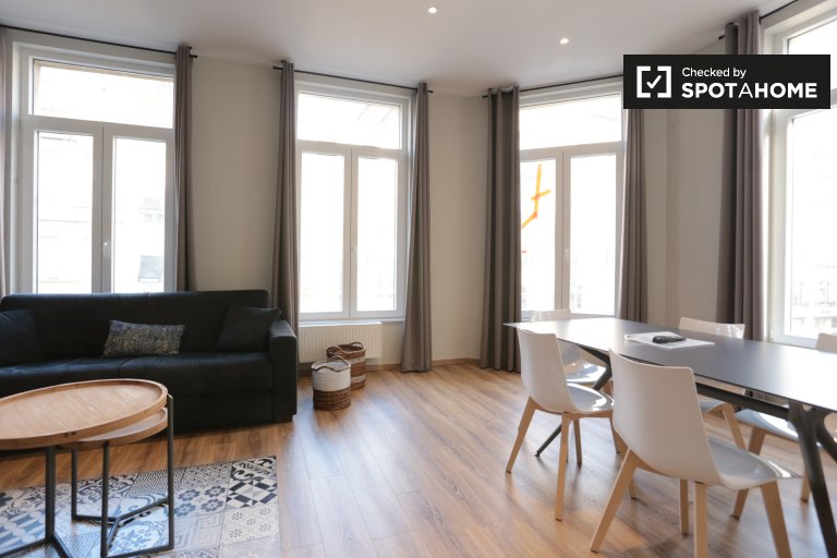 2-bedroom apartment for rent in Louise, Brussels