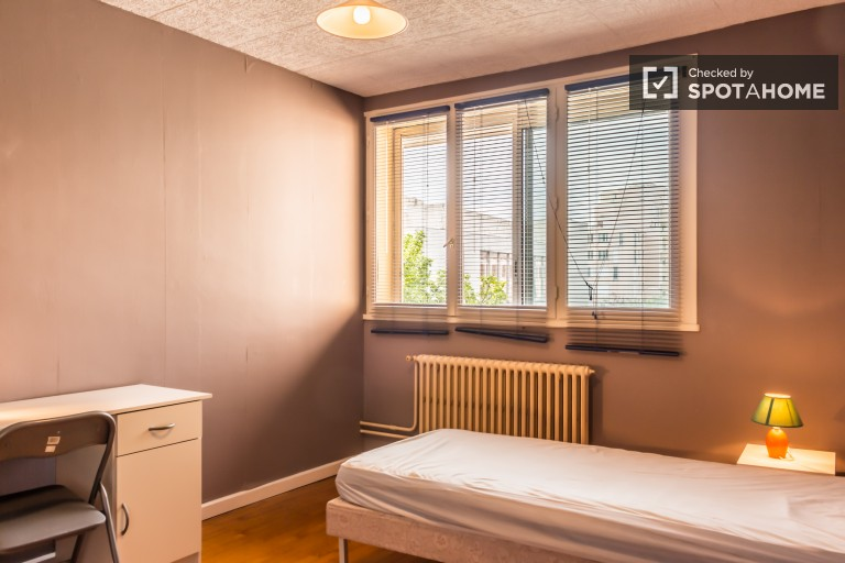 2-bedroom apartment with balcony for rent - Villeurbanne