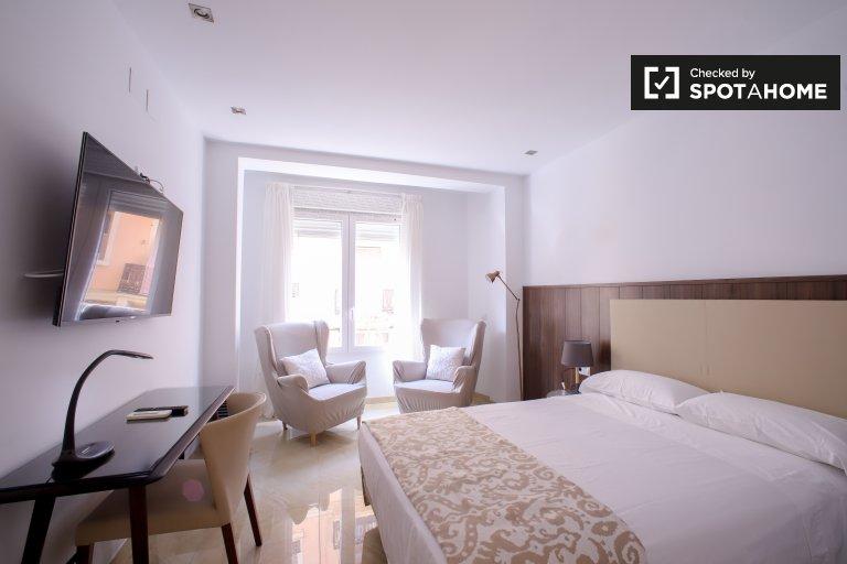 Moderne 1-Zimmer-Wohnung zur Miete in Extramurs, Valencia