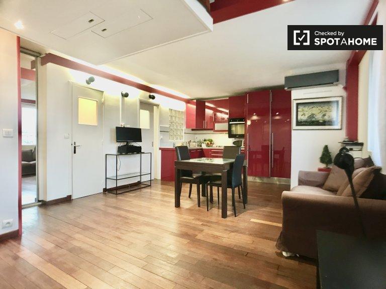 Nice room for rent in Paris 16