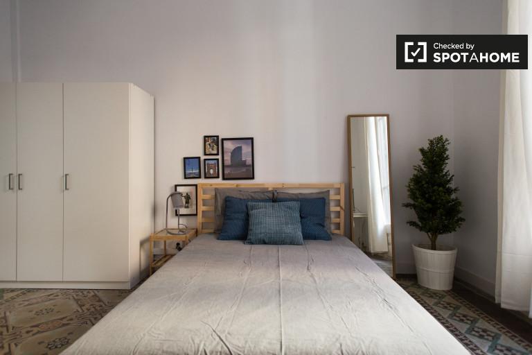 Pièce intérieure dans un appartement de 8 chambres à Gracia, Barcelone