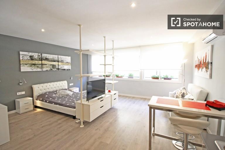 Eleganckie mieszkanie typu studio do wynajęcia - Poblenou, Barcelona
