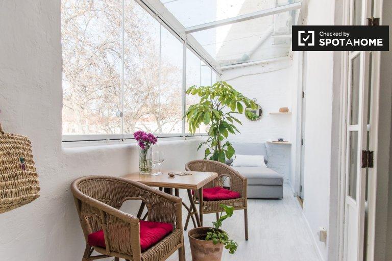 Appartamento con 2 camere da letto in affitto a Cabanyal, Valencia