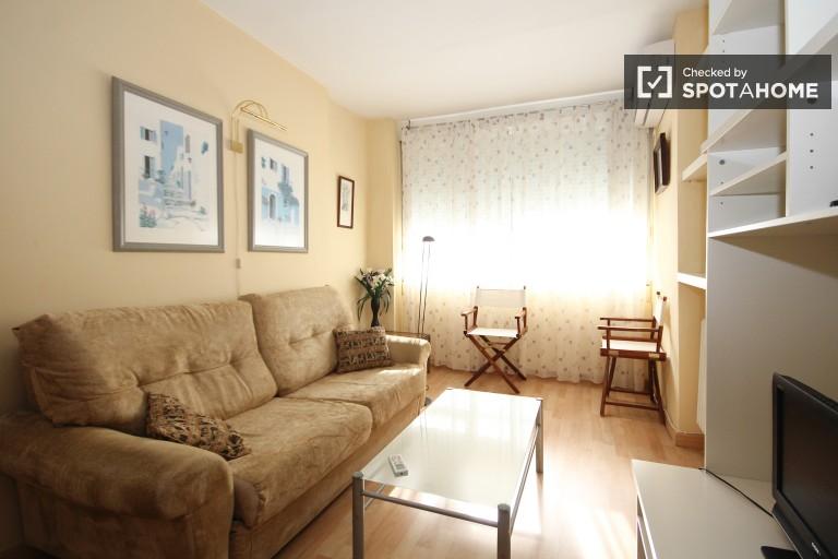 Beautiful one bedroom apartment close to Granada train station in Los Pajaritos