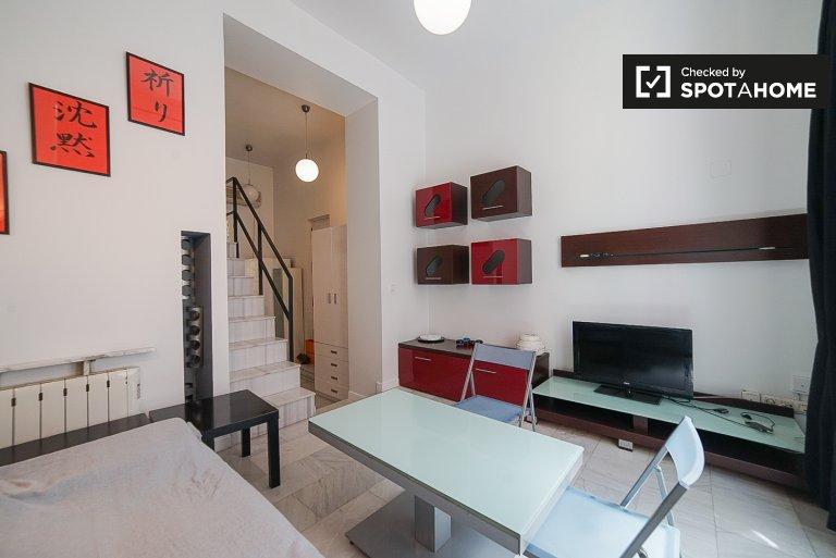 Apartamento de estúdio para alugar em residência em Atocha, Madrid