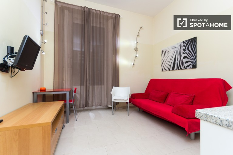 Studio with AC and Balcony in Madrid City Centre