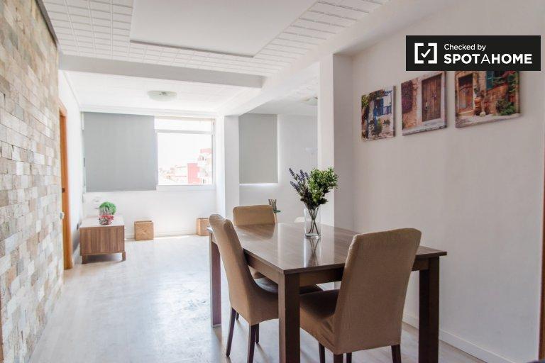 Lumineux appartement 1 chambre à louer à Algirós, Valence