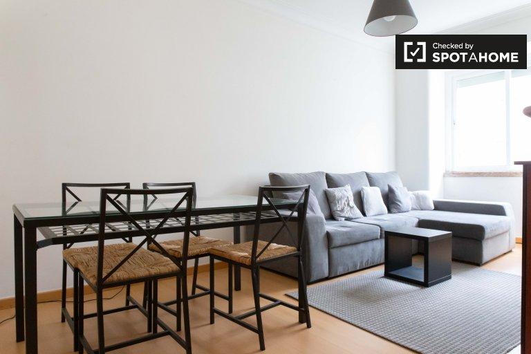 Appartamento con 3 camere da letto in affitto a Penha de França, Lisbona