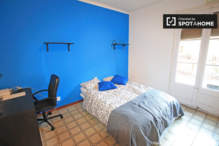 Bedroom 3 with a double bed and balcony