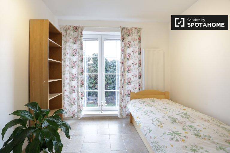 Luminoso apartamento de 2 dormitorios en alquiler en Sint-Pieters-Leeuw