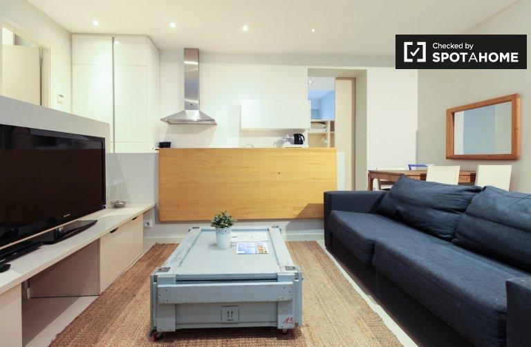 Modern 3-bedroom apartment for rent in El Born, Barcelona