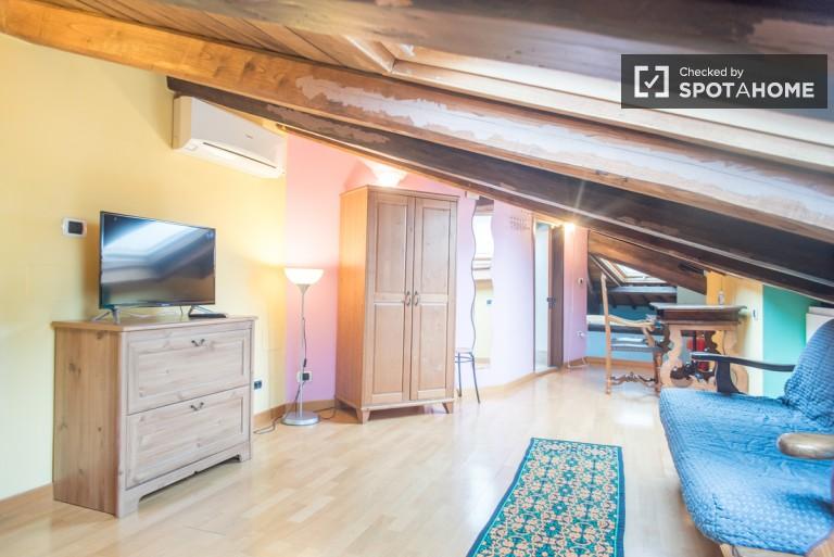 Confortable appartement 1 chambre à louer à Aurelio, Rome