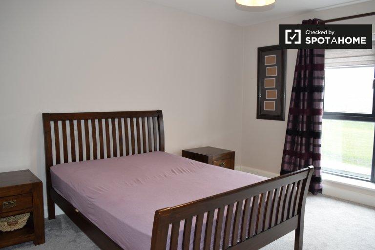 Chambre spacieuse à louer dans maison à Blanchardstown, Dublin
