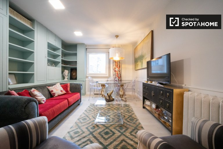 Apartamento de 3 quartos para alugar em Puerta del Ángel, Madrid