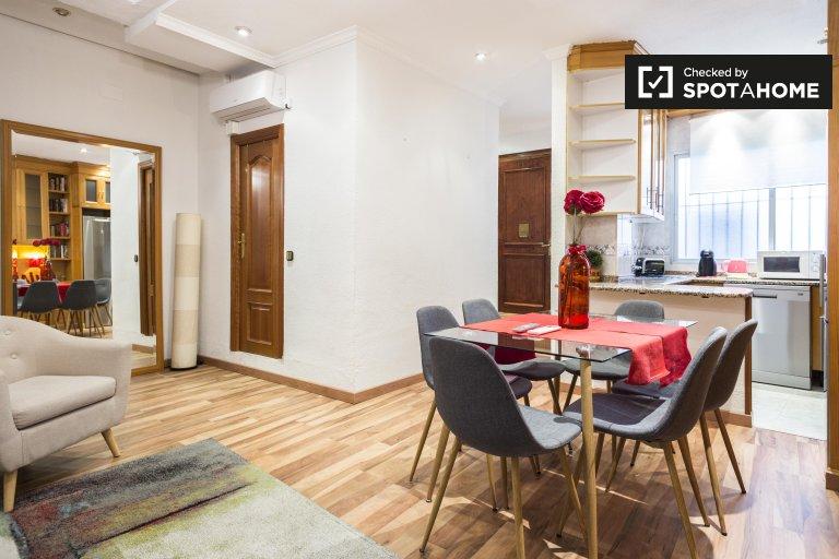 2-pokojowe mieszkanie do wynajęcia - Barrio de las Letras, Madryt