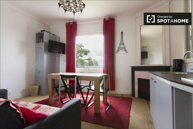 Modne 2-pokojowe mieszkanie do wynajęcia w 18. dzielnicy Paryża