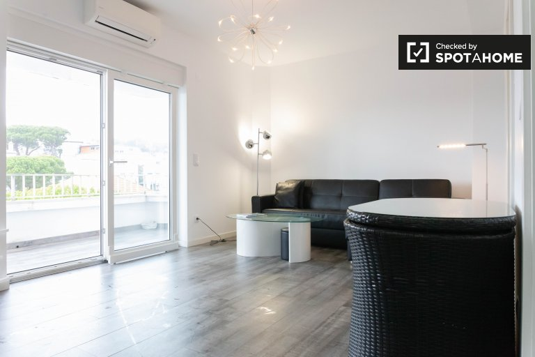 Appartamento con 2 camere da letto in affitto a Estoril, fuori Lisbona