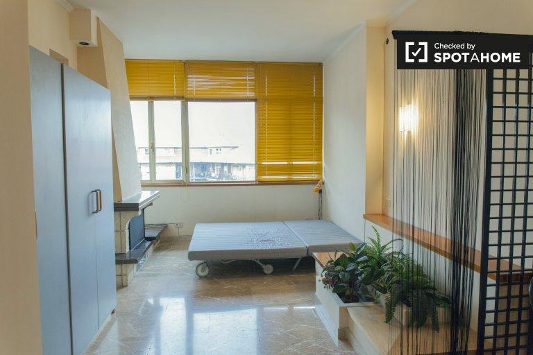 Duży wspólny pokój w apartamencie z 3 sypialniami w Aurelio