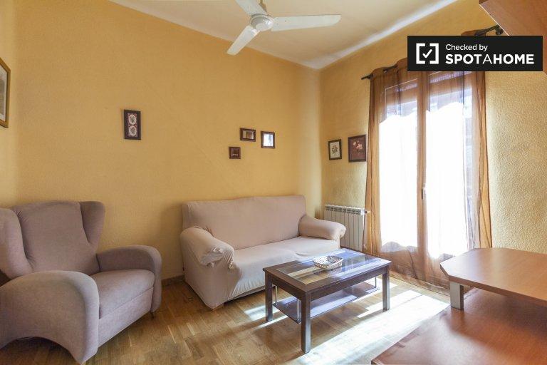 Apartamento de 3 quartos para alugar em Delicias, Madrid