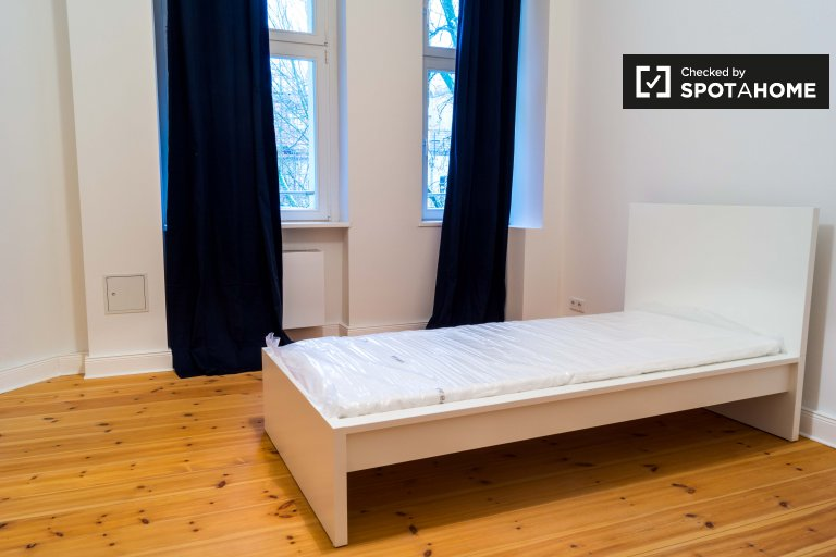 Spacious room for rent in Friedrichshain, Berlin