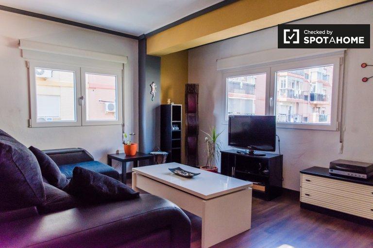 Mieszkanie z 2 sypialniami do wynajęcia w L'Amistat, Walencja