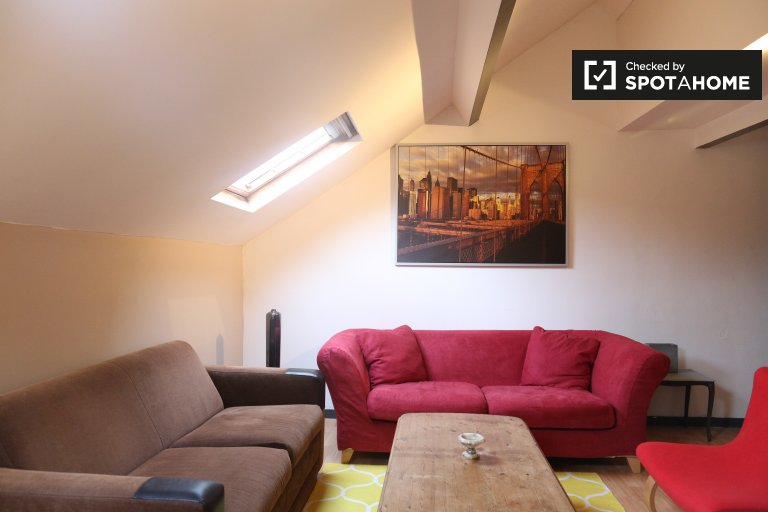 Moderno apartamento de 2 dormitorios en alquiler en Ixelles, Bruselas