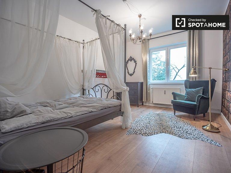 Pokój do wynajęcia w 3-pokojowym mieszkaniu w Mitte w Berlinie