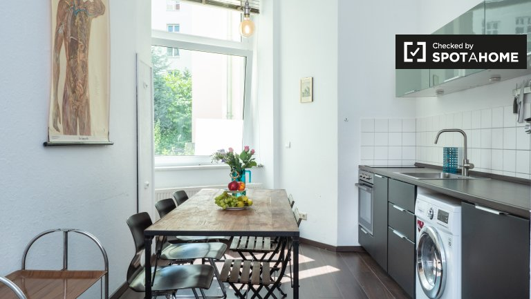 Cool apartment with 3 bedrooms to rent in Friedrichshain