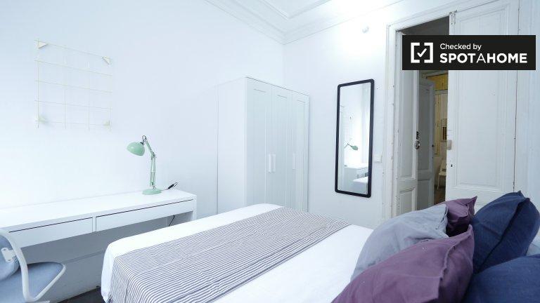 Schicke Zimmer in 6-Zimmer-Wohnung in Barri Gòtic Barcelona