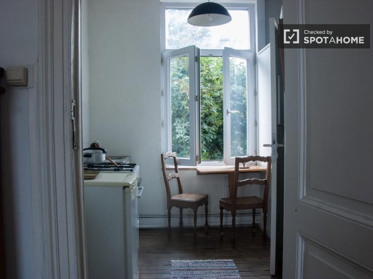 Acogedor apartamento de 1 dormitorio en alquiler en Ixelles, Bruselas