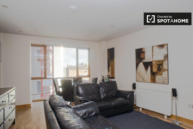 Jasne 2-pokojowe mieszkanie do wynajęcia, Trinity College Area