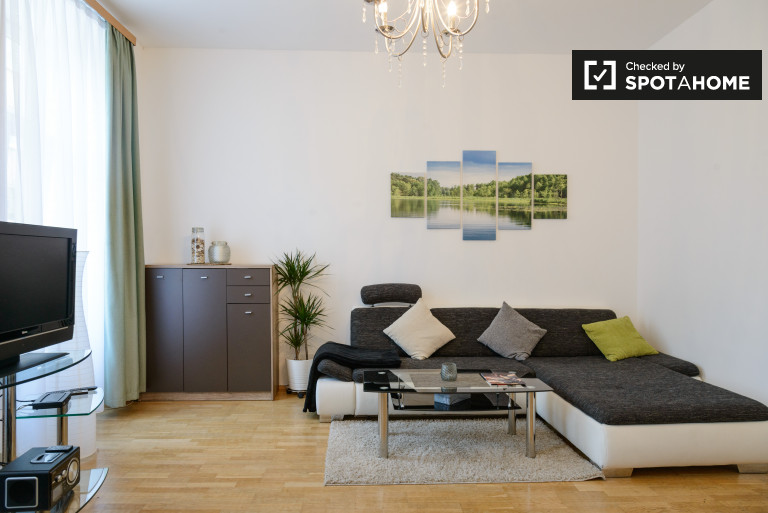 Stylish 1-bedroom apartment for rent in Leopoldstadt