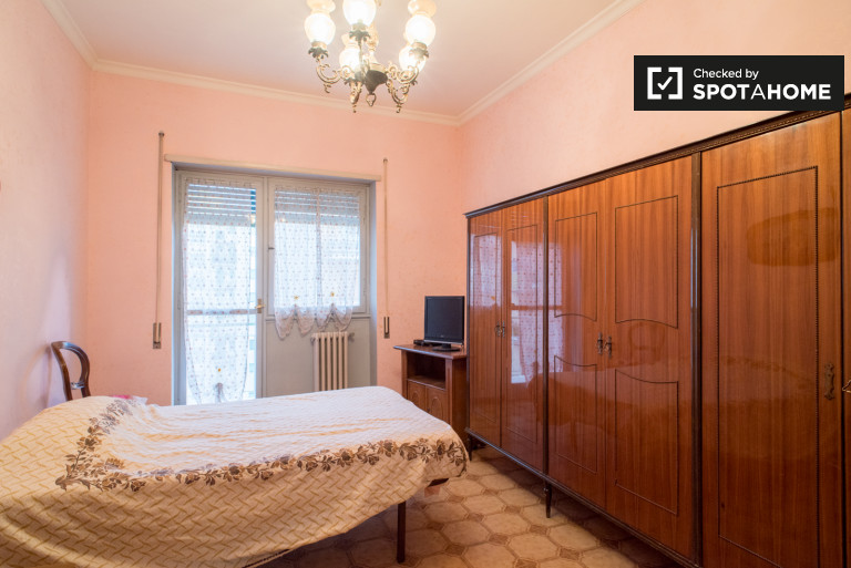 Pokój jednoosobowy w apartamencie w Pigneto w Rzymie