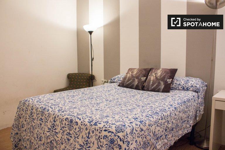 Acogedora habitación en alquiler en el Eixample Dreta, Barcelona.