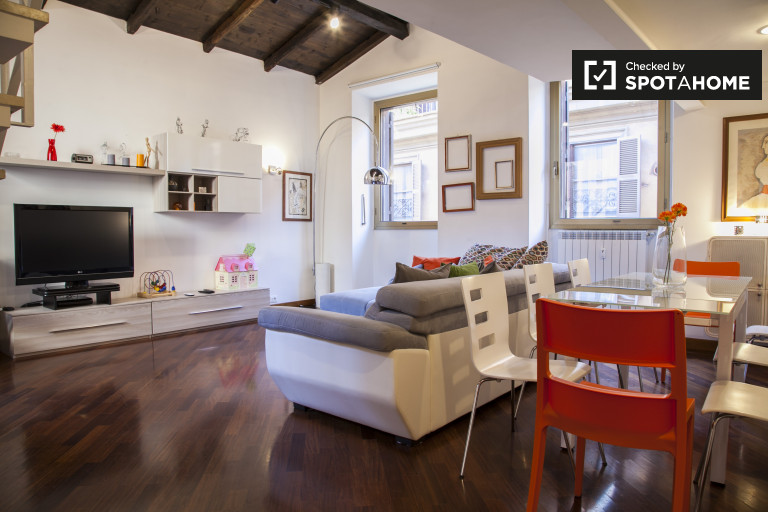 Stunning 3-bedroom apartment for rent - Centro Storico, Rome