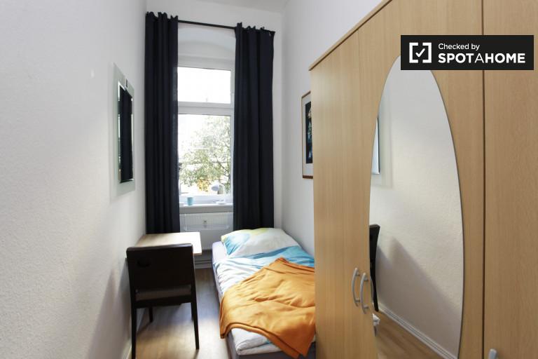 Chambres à louer à appartement de 4 chambres à Pankow, Berlin